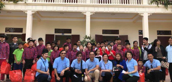 iLazaro thăm người Khiếm Thị - Thanh Hóa